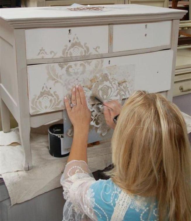 Bútorfestés, kisbútorok felújítása